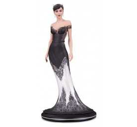 DC Comics - DC Cover Catwoman Wedding Dress by Joëlle Jones figure