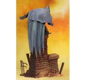 DC Comics - ARTFX Batman Gotham by Gaslight figure 3