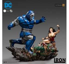 Figura Iron Studios DC Comics - Diorama 1/6 Wonder Woman Vs Darkseid by Ivan Reis
