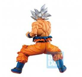 Dragon Ball Z - Ichibansho Son Goku Ultra Instinct (VS Omnibus) Banpresto figure 3